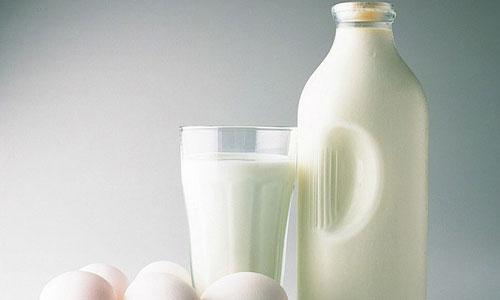 Beneficios de tomar leche
