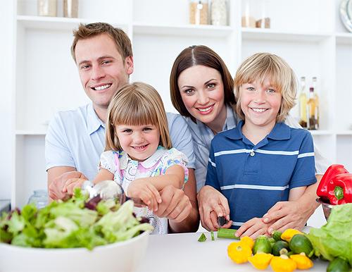 Comer en familia o solo?