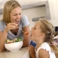 consejos-para-padres-en-la-relacion-de-sus-hijos-con-la-comida_alskd
