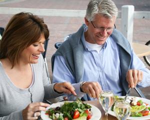 Consejos para una alimentación saludable para personas adultas