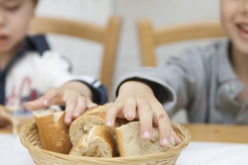 el-pan-en-la-alimentacion-de-los-ninos_bn2y7