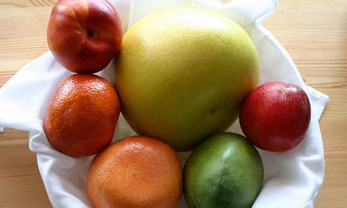 frutas-que-te-ayudan-a-bajar-de-peso_awy8f