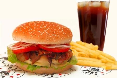Hamburguesas y comida refrigerada