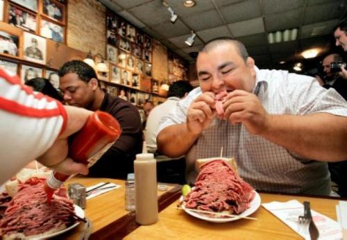 Pobreza y obesidad por la comida chatarra