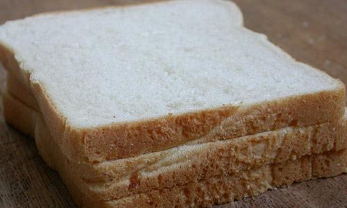 Razones por las que NO se debe comer pan blanco
